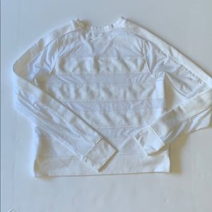 Abercrombie sheer sweater S